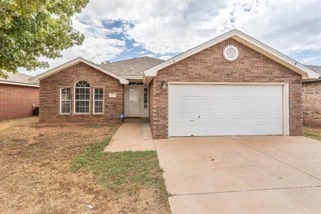 813 Grover Avenue, Lubbock, TX 79416 (MLS #202007549) :: McDougal Realtors