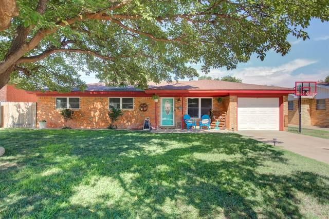 1109 S Lons Street, Brownfield, TX 79316 (MLS #202007649) :: Lyons Realty