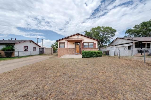 2705 E 3rd Street, Lubbock, TX 79403 (MLS #202007654) :: Lyons Realty