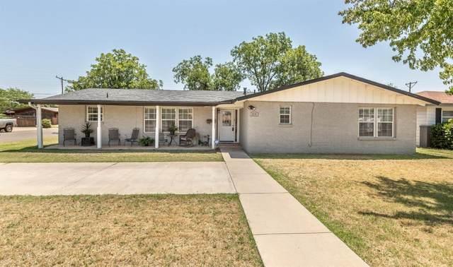 3701 42nd Street, Lubbock, TX 79413 (MLS #202007794) :: Lyons Realty