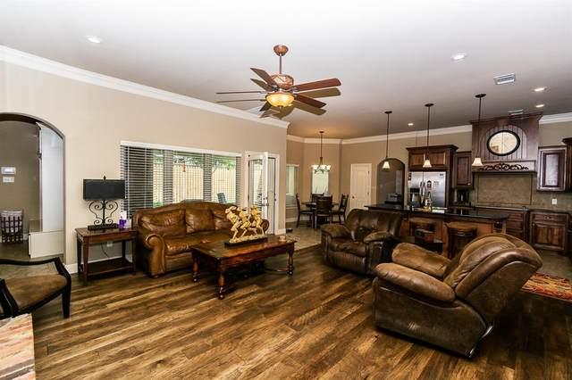 48 E Canyonview Drive, Ransom Canyon, TX 79366 (MLS #202007800) :: McDougal Realtors