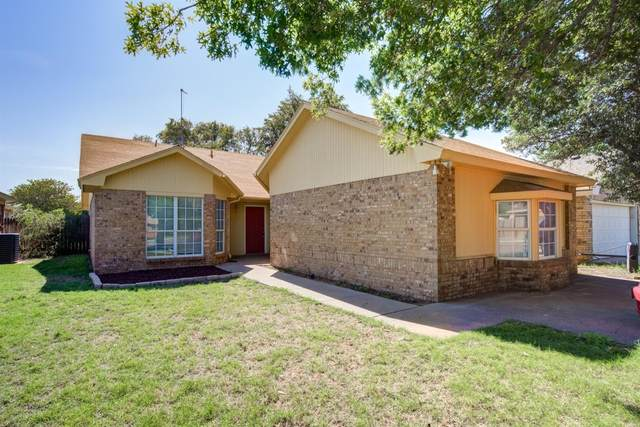 425 Huron Avenue, Lubbock, TX 79416 (MLS #202007813) :: Better Homes and Gardens Real Estate Blu Realty