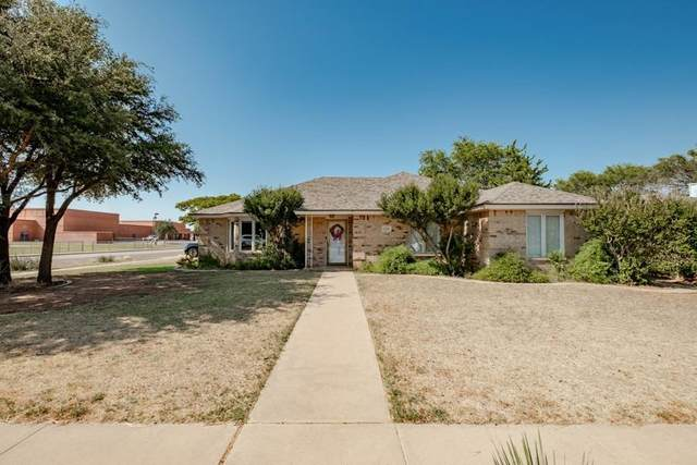 1320 81st Street, Lubbock, TX 79423 (MLS #202007885) :: Better Homes and Gardens Real Estate Blu Realty