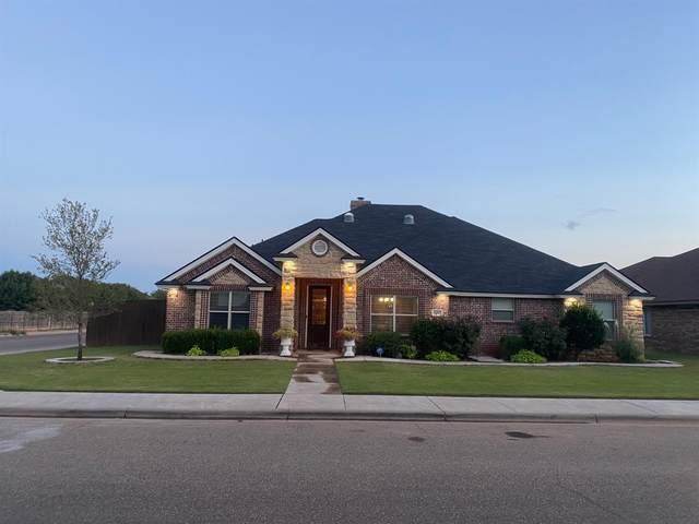 6001 88th Place, Lubbock, TX 79424 (MLS #202007888) :: McDougal Realtors