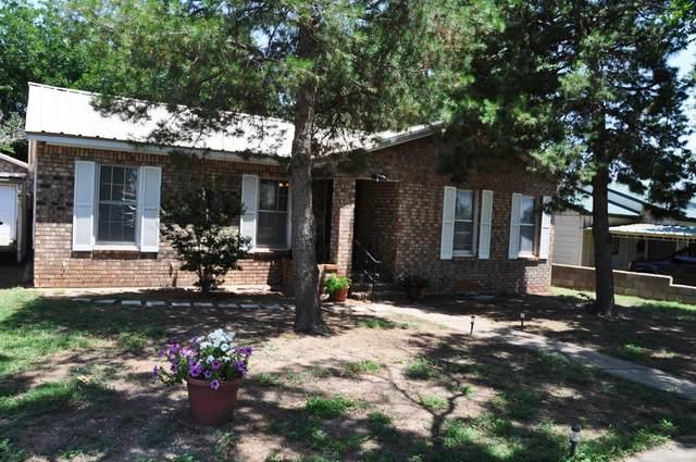 1128 Oak, Colorado City, TX 79512 (MLS #202008181) :: Reside in Lubbock | Keller Williams Realty