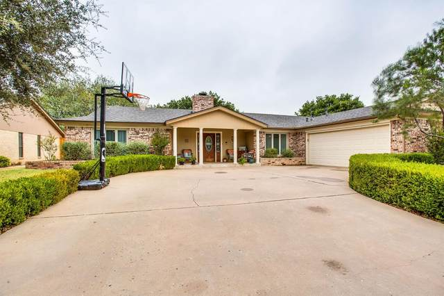 8015 Vinton Avenue, Lubbock, TX 79424 (MLS #202008901) :: Better Homes and Gardens Real Estate Blu Realty