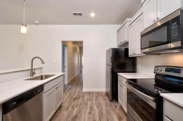 1203 Evanston, Lubbock, TX  (MLS #202008967) :: Lyons Realty