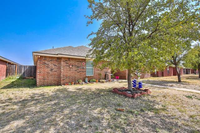 308 N Clinton Avenue, Lubbock, TX 79416 (MLS #202009219) :: Better Homes and Gardens Real Estate Blu Realty