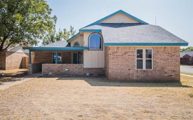2325 92nd Street, Lubbock, TX 79423 (MLS #202009230) :: Better Homes and Gardens Real Estate Blu Realty