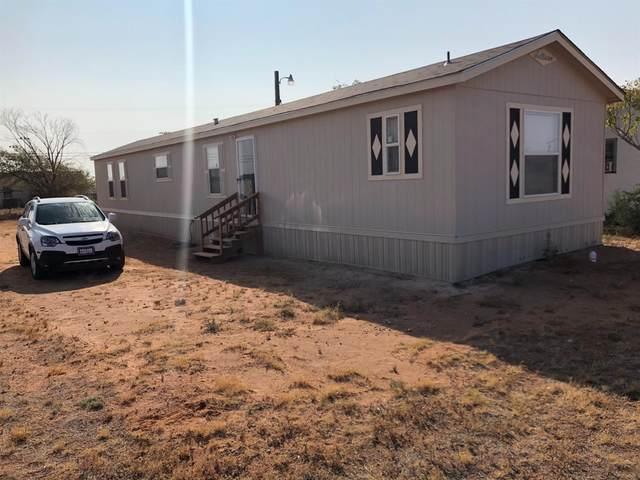 1102 S 3rd Street, Brownfield, TX 79316 (MLS #202009266) :: Lyons Realty