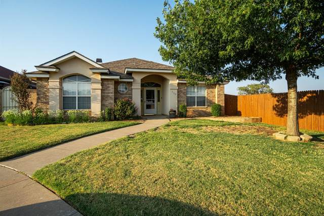 3102 102nd Street, Lubbock, TX 79423 (MLS #202009291) :: Stacey Rogers Real Estate Group at Keller Williams Realty