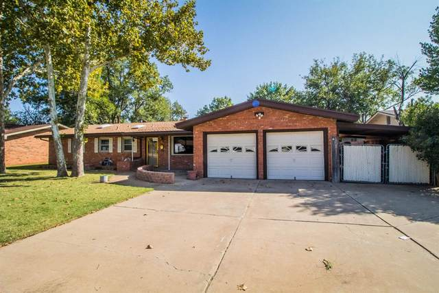 2709 57th Street, Lubbock, TX 79413 (MLS #202009297) :: Better Homes and Gardens Real Estate Blu Realty