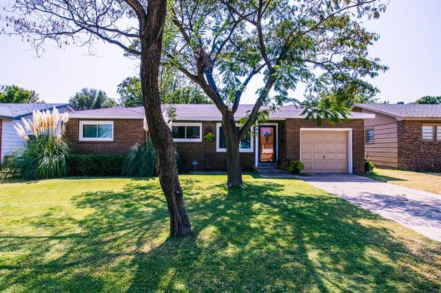 4417 47th Street, Lubbock, TX 79414 (MLS #202009306) :: Stacey Rogers Real Estate Group at Keller Williams Realty