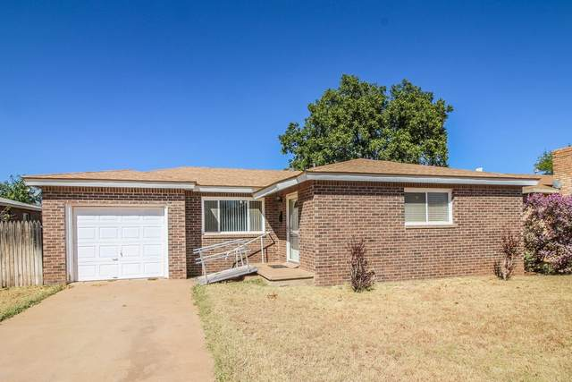 1403 E Buckley Street, Brownfield, TX 79316 (MLS #202009597) :: Reside in Lubbock | Keller Williams Realty