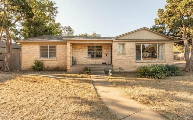 2517 30th Street, Lubbock, TX 79410 (MLS #202009689) :: Better Homes and Gardens Real Estate Blu Realty