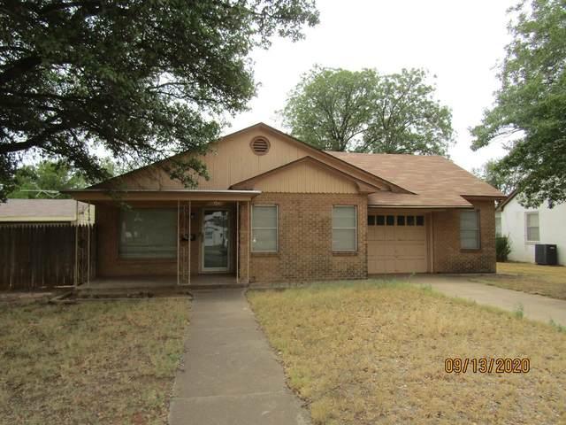 806 E Tate Street, Brownfield, TX 79316 (MLS #202010039) :: Reside in Lubbock   Keller Williams Realty