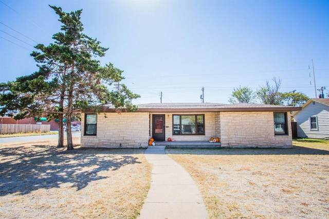 3501 33rd Street, Lubbock, TX 79410 (MLS #202010049) :: Better Homes and Gardens Real Estate Blu Realty