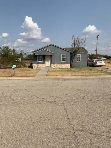 1705 Teak Avenue, Lubbock, TX 79403 (MLS #202010127) :: Lyons Realty