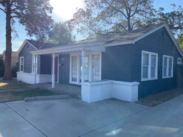 3007 31st Street, Lubbock, TX 79410 (MLS #202010587) :: Reside in Lubbock | Keller Williams Realty
