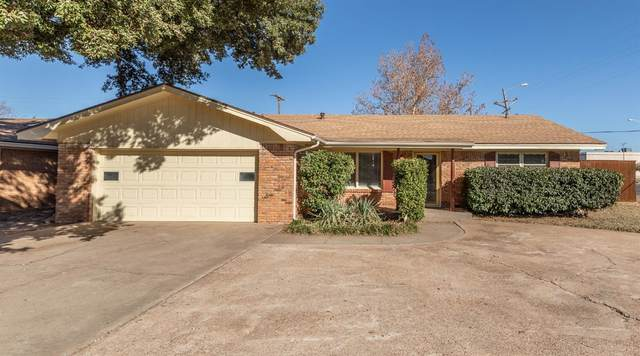 2502 70th Street, Lubbock, TX 79413 (MLS #202010734) :: Stacey Rogers Real Estate Group at Keller Williams Realty