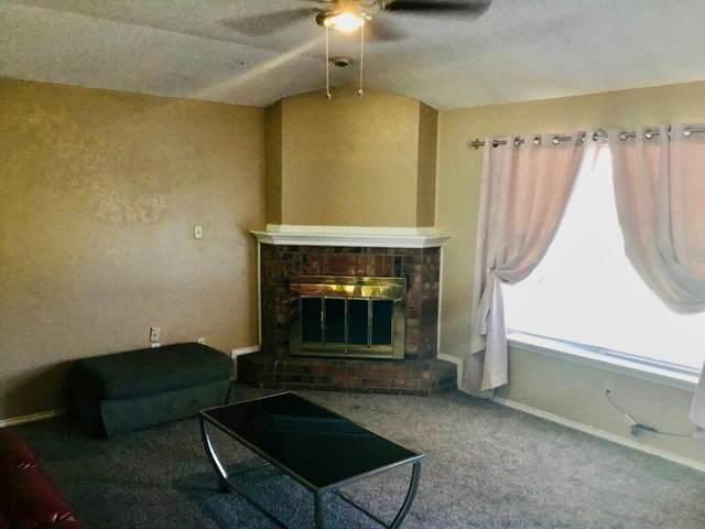 5908 10th Drive, Lubbock, TX 79416 (MLS #202011162) :: Lyons Realty