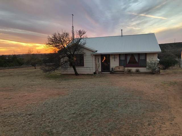 1005 Henderson Street, Dickens, TX 79229 (MLS #202011169) :: Stacey Rogers Real Estate Group at Keller Williams Realty