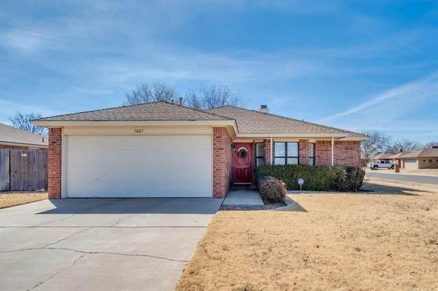 5827 2nd Street, Lubbock, TX 79416 (MLS #202011239) :: McDougal Realtors