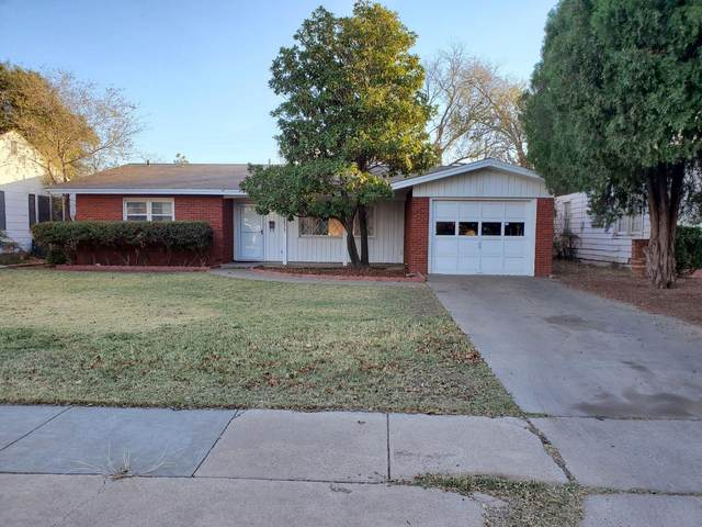 2211 32nd Street, Lubbock, TX 79411 (MLS #202011240) :: Stacey Rogers Real Estate Group at Keller Williams Realty