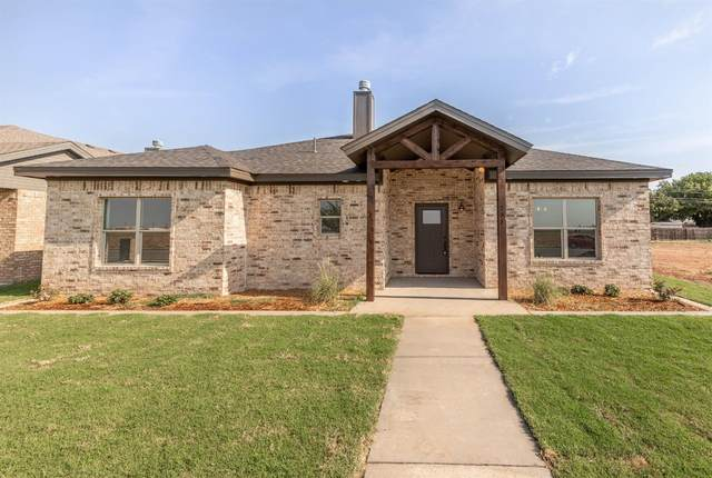 711 Holly, Levelland, TX 79336 (MLS #202011318) :: The Lindsey Bartley Team
