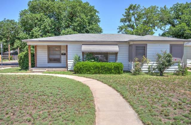 3720 33rd Street, Lubbock, TX 79410 (MLS #202012022) :: Stacey Rogers Real Estate Group at Keller Williams Realty