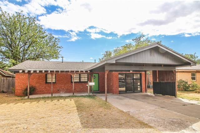 2819 61st Street, Lubbock, TX 79413 (MLS #202100418) :: Stacey Rogers Real Estate Group at Keller Williams Realty