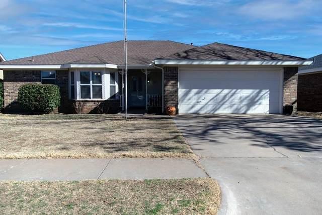 903 Kewanee Avenue, Lubbock, TX 79416 (MLS #202100789) :: The Lindsey Bartley Team