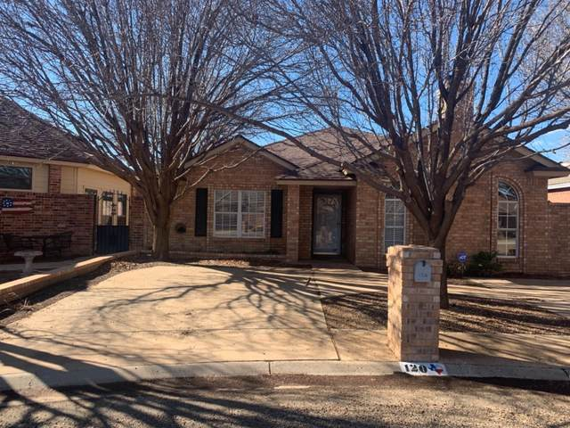 120 Fannin Avenue, Levelland, TX 79336 (MLS #202100807) :: Rafter Cross Realty