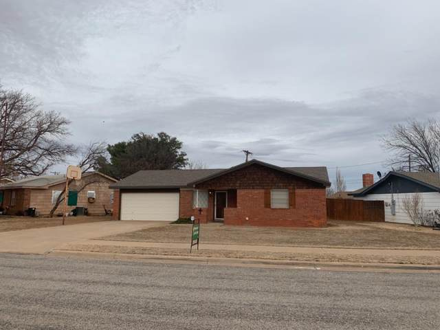 107 Flint Avenue, Levelland, TX 79336 (MLS #202101011) :: Rafter Cross Realty