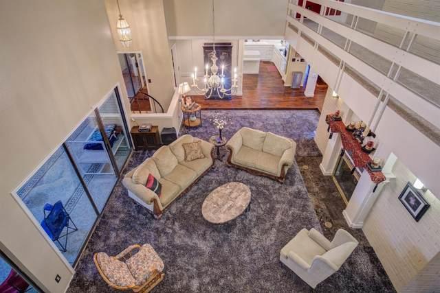 6817 Saratoga Avenue, Lubbock, TX 79424 (MLS #202101671) :: Rafter Cross Realty