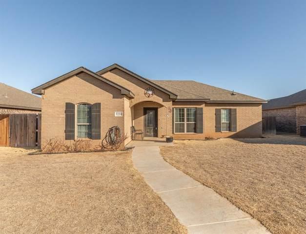 5220 Jarvis Street, Lubbock, TX 79416 (MLS #202101889) :: Lyons Realty