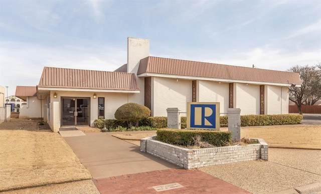 5015 Knoxville Avenue, Lubbock, TX 79413 (MLS #202102009) :: McDougal Realtors