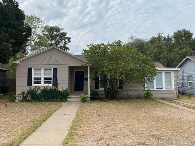 2707 31st Street, Lubbock, TX 79410 (MLS #202102992) :: Stacey Rogers Real Estate Group at Keller Williams Realty