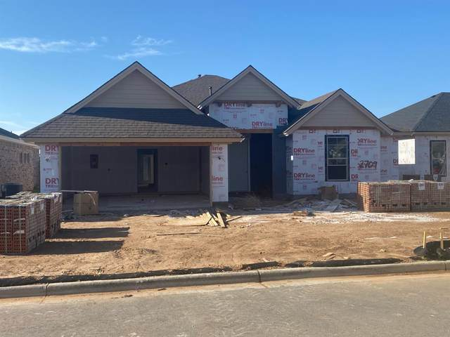 2709 138th Street, Lubbock, TX 79423 (MLS #202103333) :: The Lindsey Bartley Team