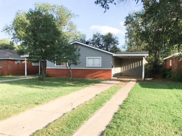 2117 35th Street, Lubbock, TX 79412 (MLS #202103640) :: Lyons Realty
