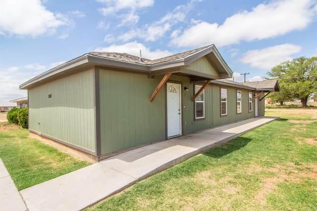 2807 E 2nd Street, Lubbock, TX 79403 (MLS #202104450) :: McDougal Realtors