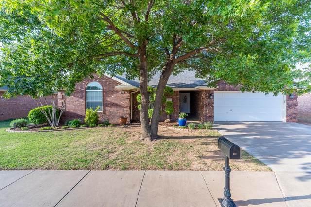 307 Longhorn Street, Wolfforth, TX 79382 (MLS #202104503) :: The Lindsey Bartley Team