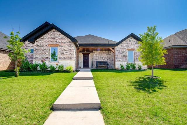 619 Cambridge Avenue, Wolfforth, TX 79382 (MLS #202104530) :: Lyons Realty