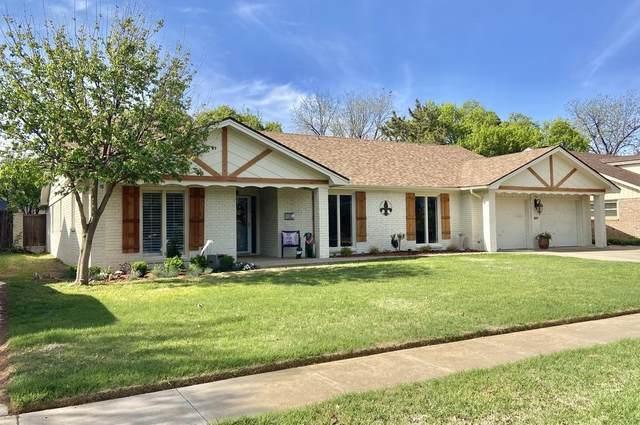 3807 66th Street, Lubbock, TX 79413 (MLS #202104576) :: McDougal Realtors