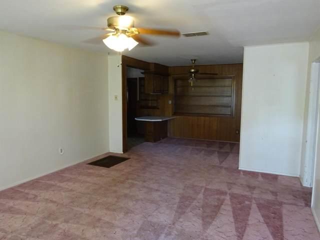 5112 41st Street, Lubbock, TX 79414 (MLS #202104622) :: McDougal Realtors