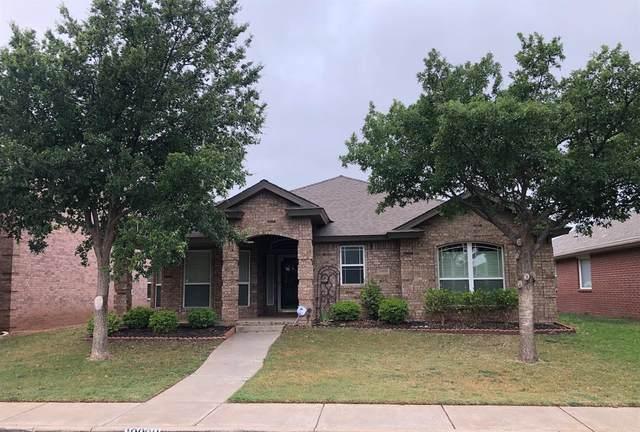 10808 Detroit Avenue, Lubbock, TX 79423 (MLS #202104862) :: Lyons Realty