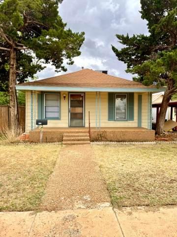455 W Garza Street, Slaton, TX 79364 (MLS #202105080) :: Duncan Realty Group