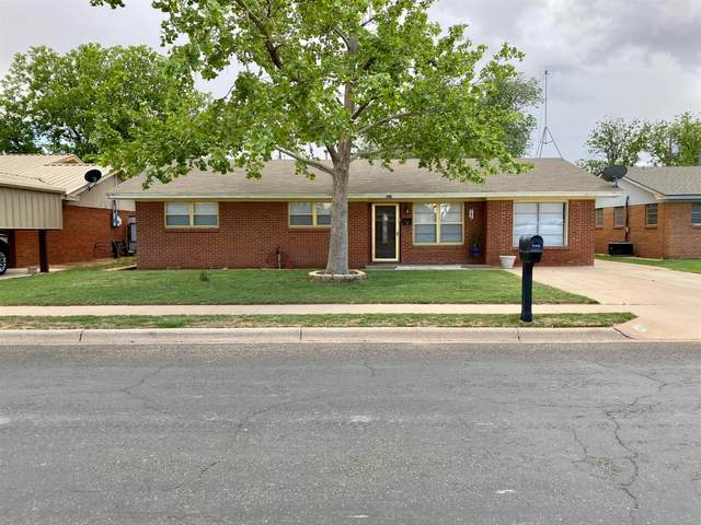 402 E 4th, Denver City, TX 79323 (MLS #202105083) :: Better Homes and Gardens Real Estate Blu Realty