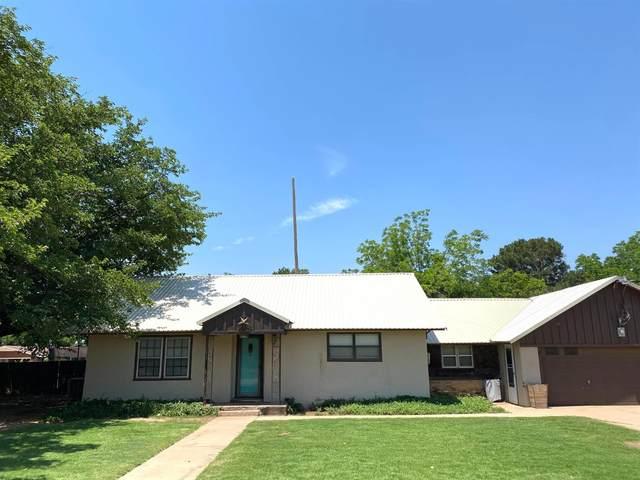 2001 Ave R, Tahoka, TX 79373 (MLS #202105279) :: Lyons Realty