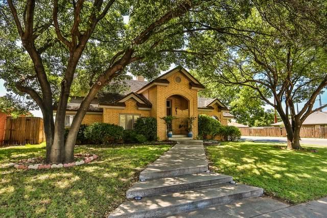 7602 Utica Avenue, Lubbock, TX 79424 (MLS #202106294) :: The Lindsey Bartley Team